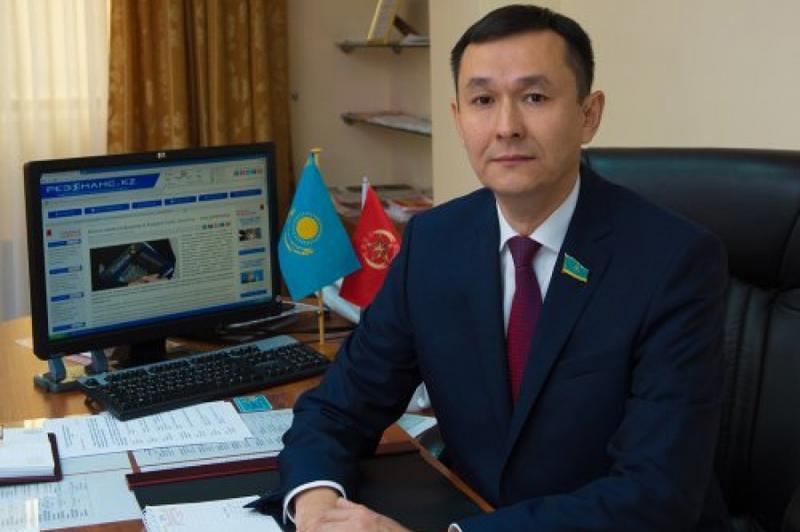 Новости Уральск - Народные коммунисты просят внедрить программу по стимулированию спроса на отечественные товары