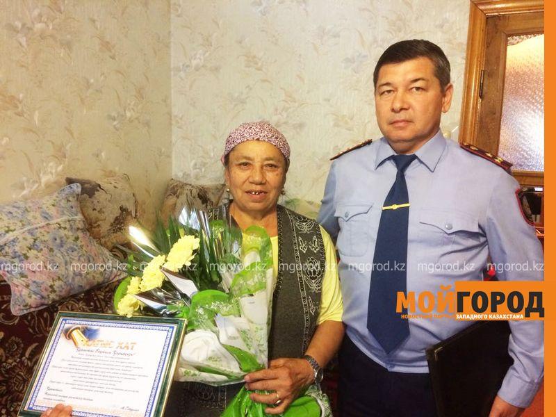 Новости Уральск - Полицейские разыскали бабушку, разнимавшую дерущихся парней в Уральске