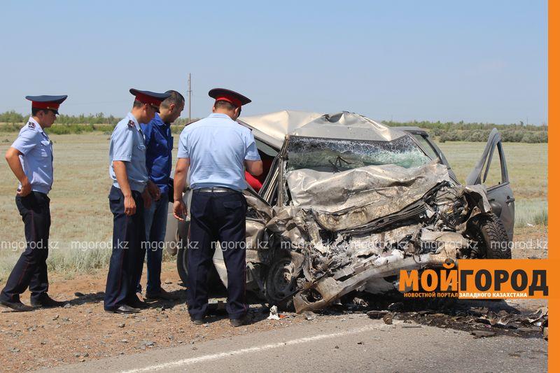 Новости Атырау - В Атырау в лобовом столкновении погибли два водителя