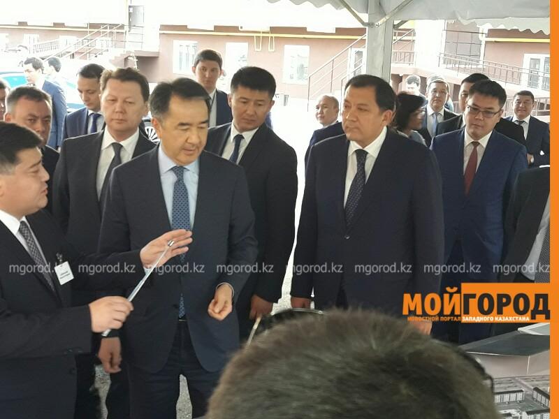 Новости Атырау - Бакытжан Сагинтаев ознакомился в ходом реализации программы «Нурлы жер» в Атырауской области