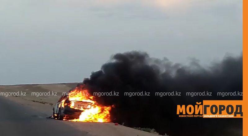 Новости Актау - На трассе Актау - Форт-Шевченко сгорел автомобиль