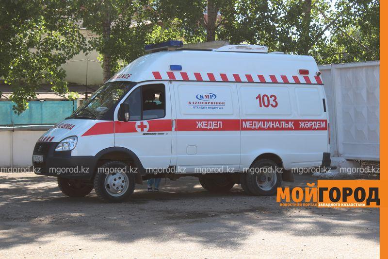 Новости Атырау - Два человека обгорели при возгорании бензовоза в Атырауской области