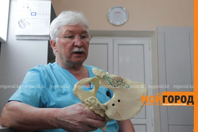 Новости Актобе - Профессор из США прооперировал пострадавшего в ДТП актюбинца
