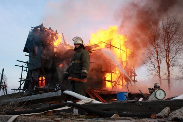 Новости Атырау - В Атырауской области при пожаре сгорел мужчина
