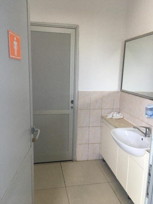 Новости Атырау - Туалет в международном аэропорту Атырау возмутил пассажиров