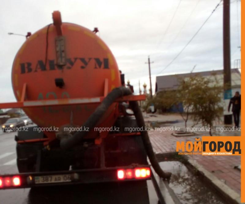 Новости Атырау - Жители Атырау страдают от последствий дождя