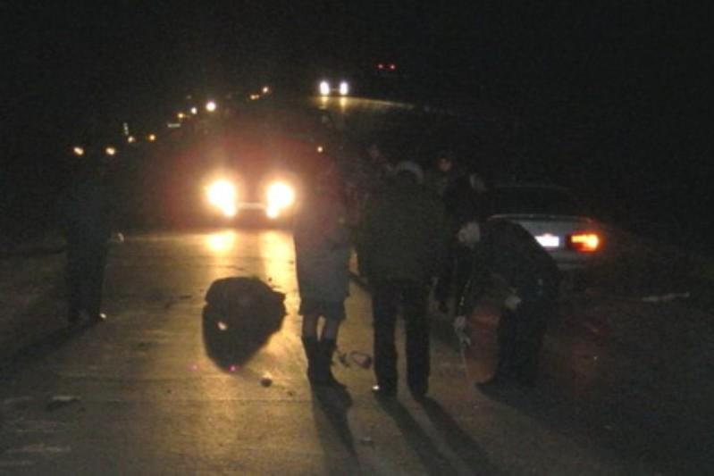 ВАтырауской области полицейская машина сбила двоих человек