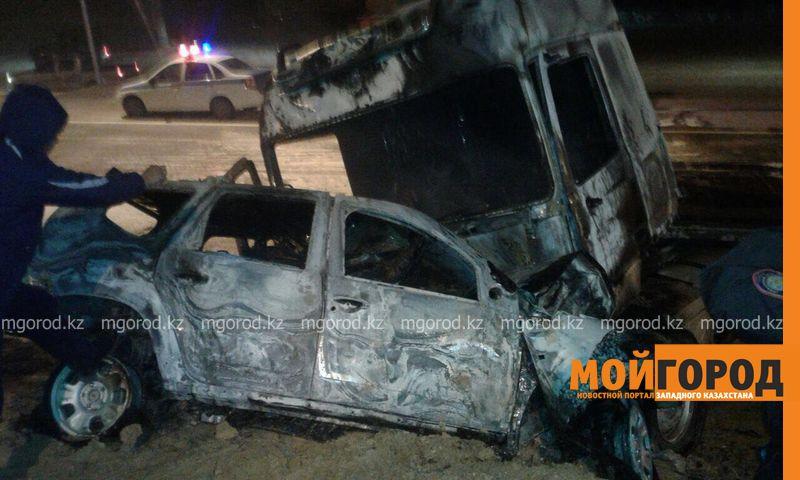 Новости Актау - В Мангистауской области в результате аварии сгорели два автомобиля и погиб мужчина