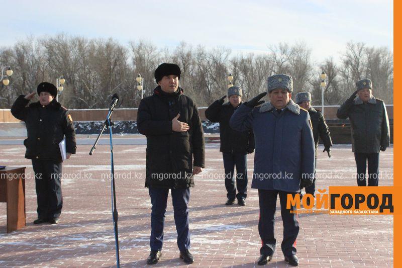 Новости Уральск - В Уральске конному взводу полиции подарили автомобили