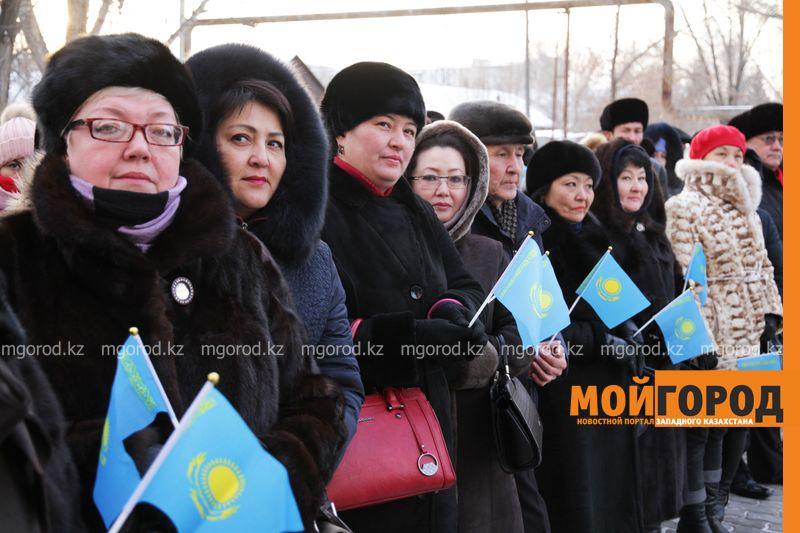 Новости Уральск - Аким ЗКО пообещал построить дорогу к новой школе в Уральске