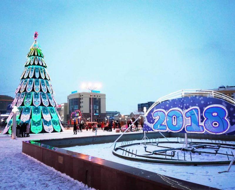 Новости Атырау - На главной елке Атырау произошло замыкание проводки (видео)