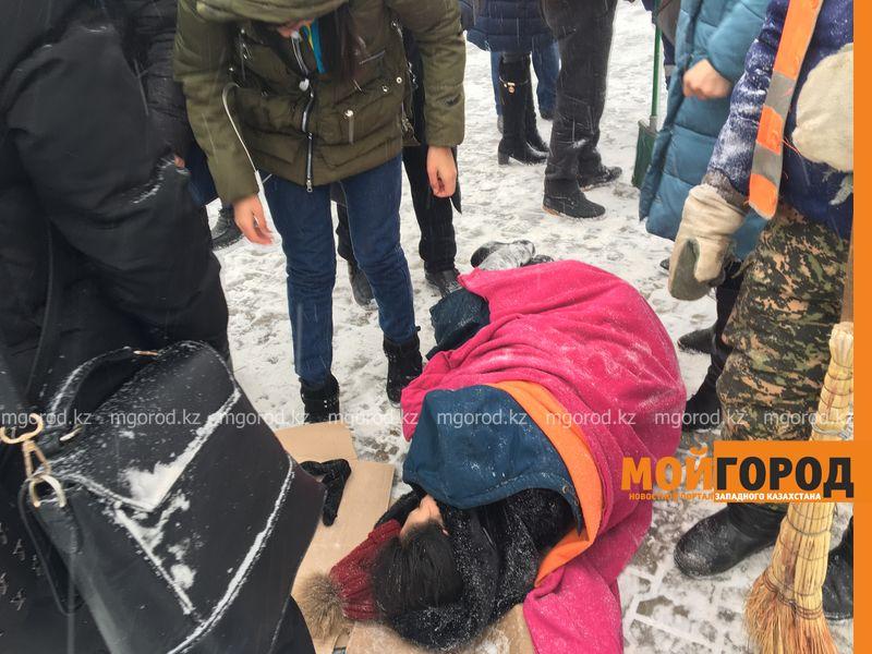 Новости Уральск - Студентка, сбитая на пешеходном переходе, находится в больнице Уральска