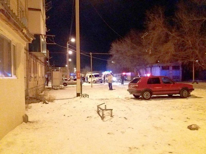 Новости Уральск - Жителей многоэтажки в Уральске эвакуировали из-за сообщения о заложенной бомбе