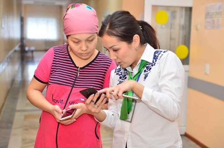 Новости Атырау - В Атырау роженицы получили свидетельства о рождении детей по SMS