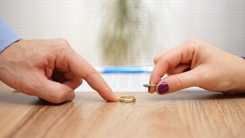 В Атырау резко выросло число разводов