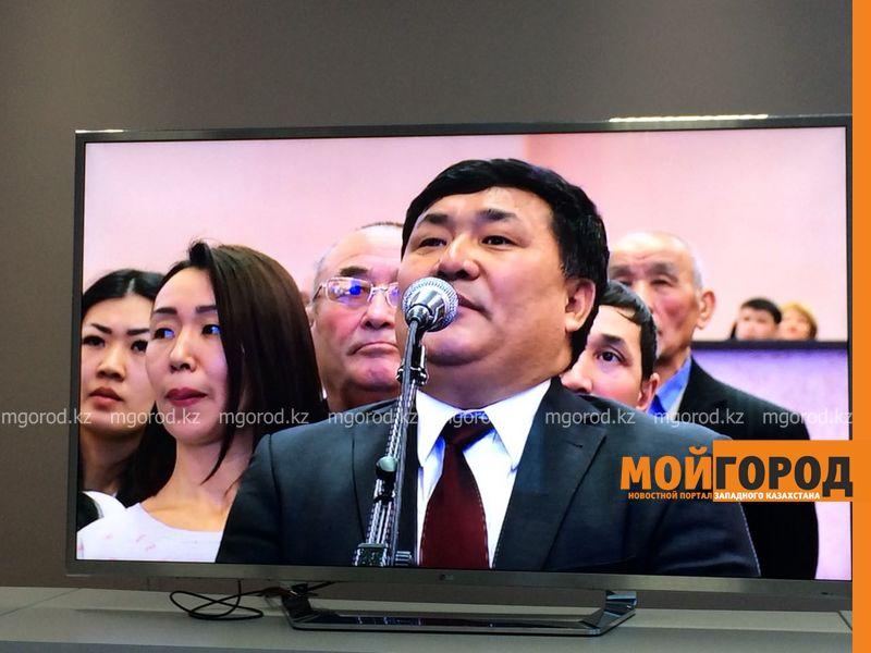 Бывший госслужащий попросил прощения у акима Актюбинской области на отчете