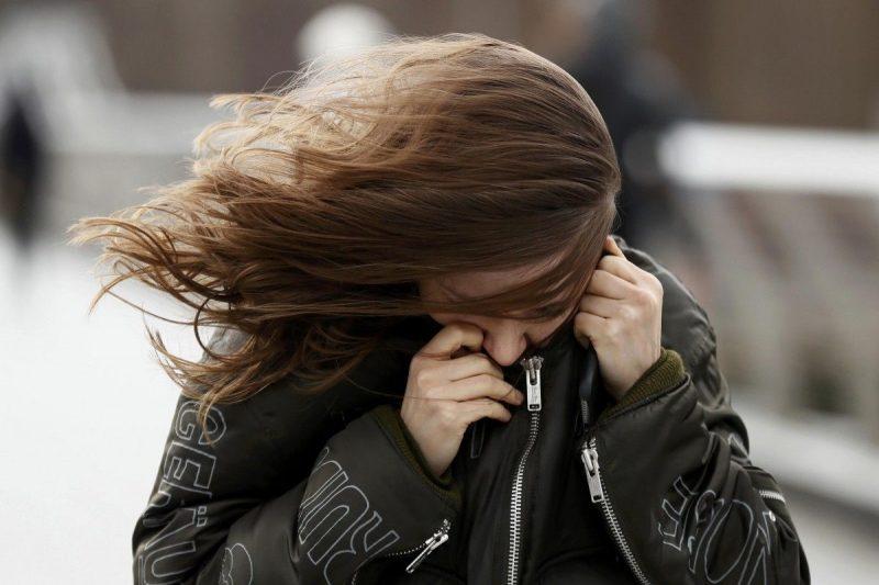 Жителей Атырау предупредили об усилении ветра