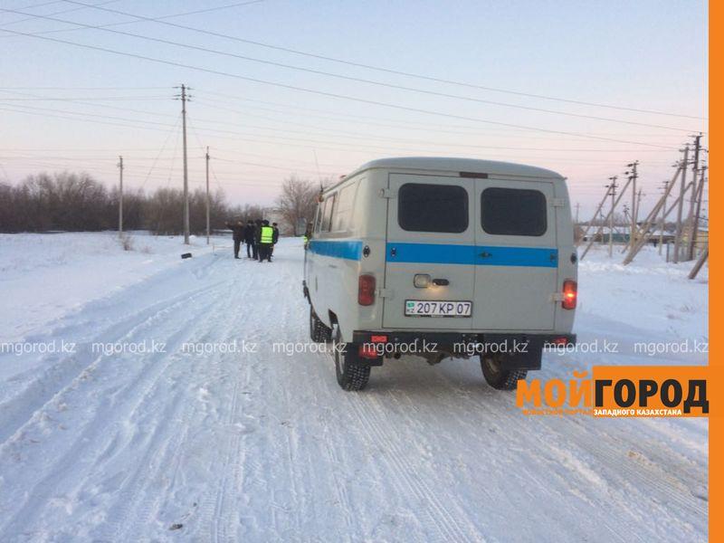 Тело младенца нашли на кладбище в Уральске