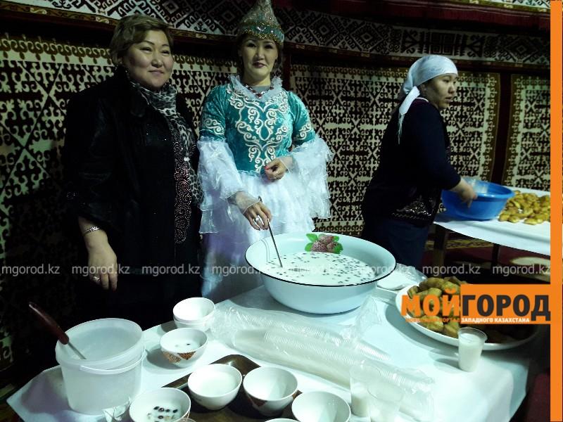 Новости Атырау - В Атырау празднование Наурыз мейрамы проходит на 10 площадках