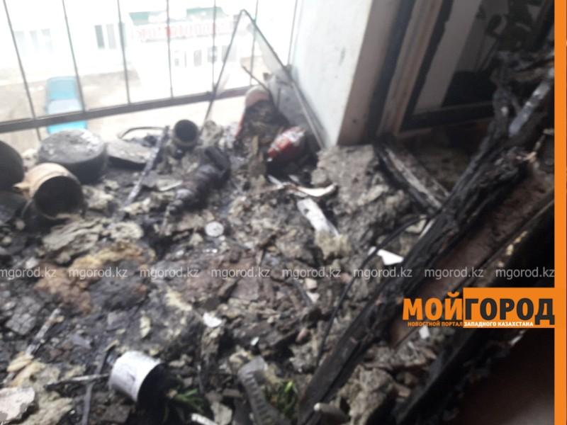 Новости Атырау - В Атырау горела квартира в пятиэтажном доме (видео)