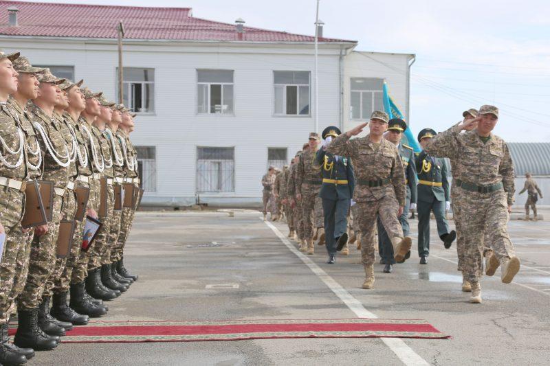 Новости Атырау - В Атырау 50 солдат срочной службы уволились в запас