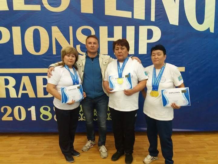 Новости Атырау - Спортсменка из Атырау завоевала золотую медаль чемпионата Азии по армрестлингу