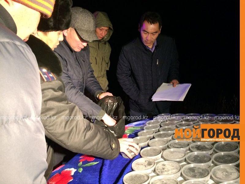 Новости Атырау - Икру и осетрину пытались провезти из Астрахани в Атырау