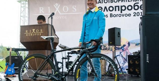 Новости Атырау - 4 коллекционных велосипеда и гранд-тур в Испанию выставят на торги в Атырау