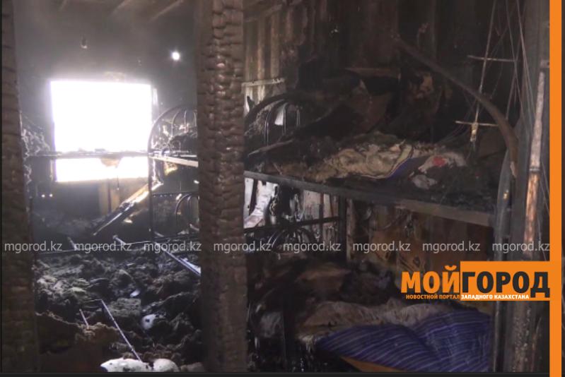 Новости Атырау - Пожар на Карабатане произошёл из-за перегрева электропроводки