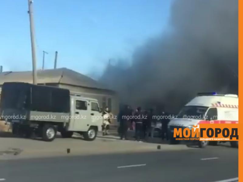 Новости Атырау - 3-летний мальчик отравился угарным газом при пожаре в Атырау (видео)