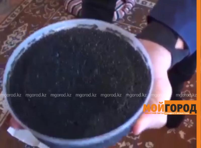 Новости Атырау - 8 кг черной икры изьяли полицейские у местного жителя (видео)