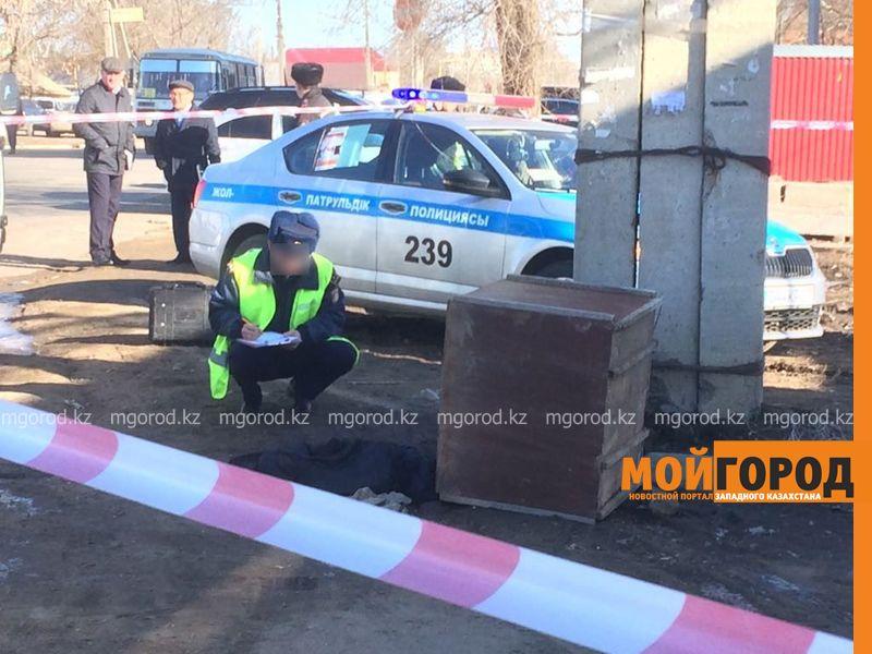 Новости Уральск - Труп мужчины нашли в контейнере на рынке Уральска