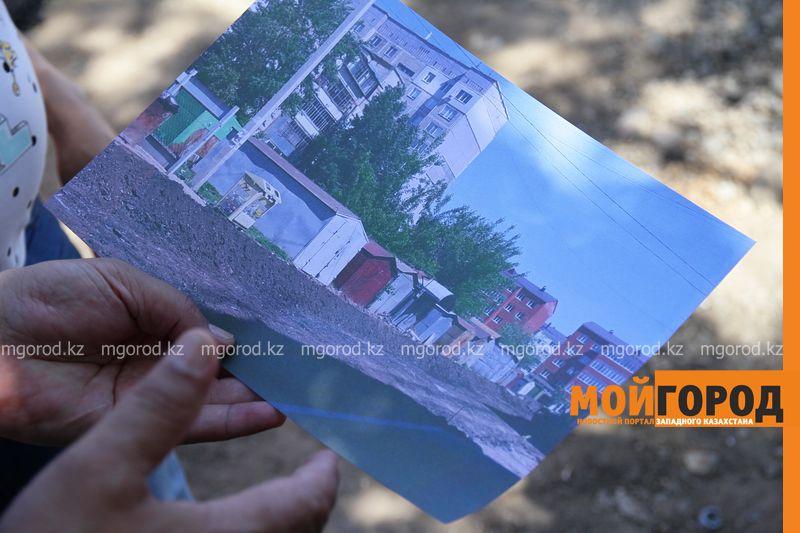 Новости Уральск - В Уральске на месте незаконно установленных гаражей появится тротуарная дорожка к школе