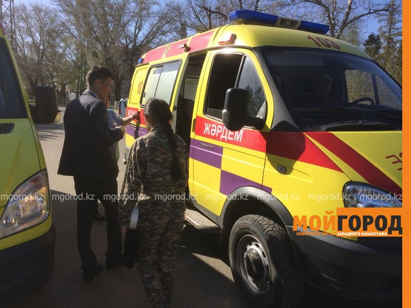 Нескольким школьникам стало плохо во время мероприятия в Уральске