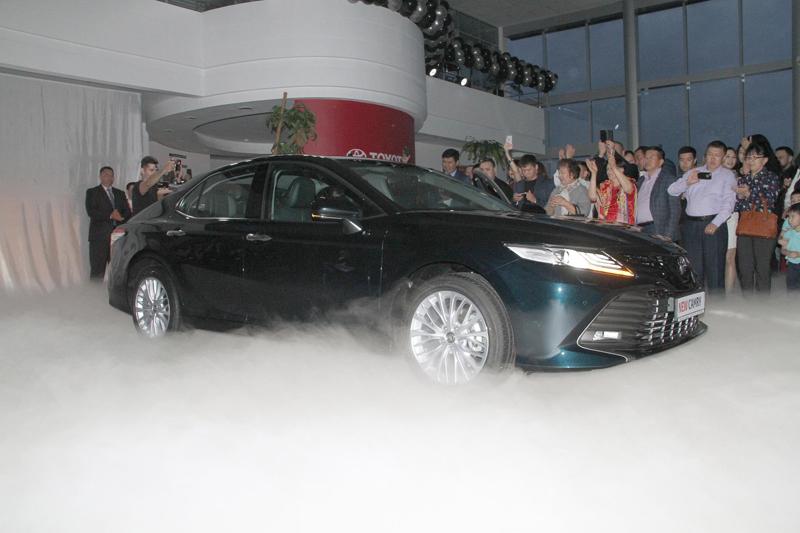 Новости Уральск - Уральцы оценили новую Toyota Camry 70