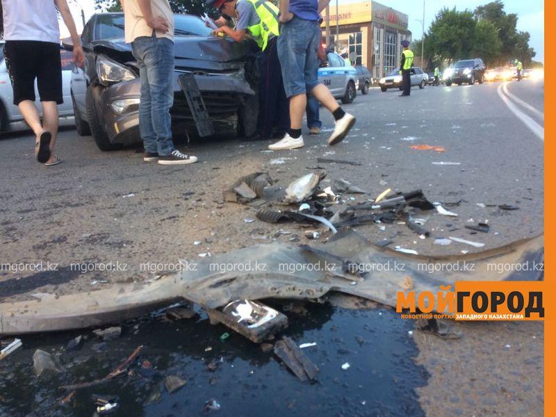 Новости Уральск - ДТП с участием 4 автомобилей произошло в Уральске