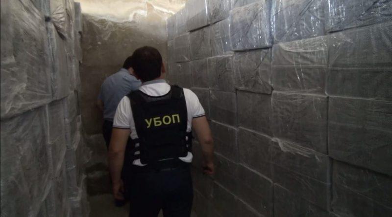 Новости Актау - Свыше восьми миллионов контрабандных пачек сигарет изъяли полицейские Актау