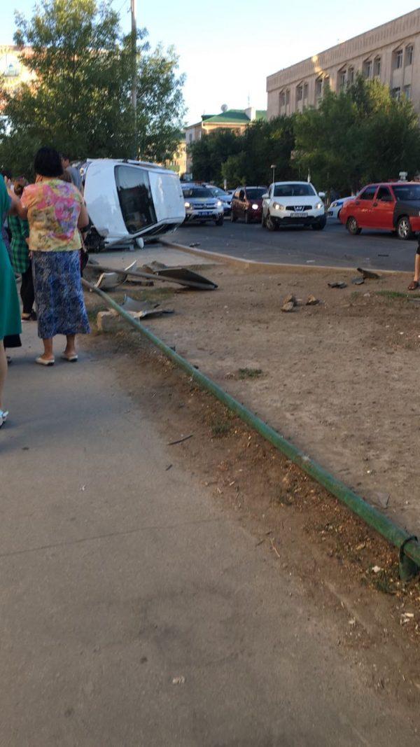 Новости Атырау - 6 человек пострадали в ДТП в центре Атырау
