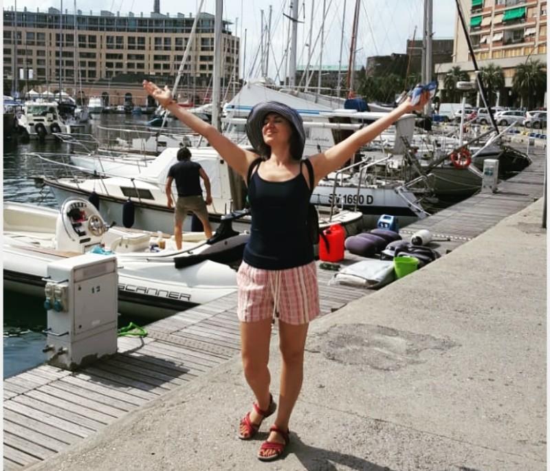 Новости Атырау - Мэр города стоит со всеми в очереди и ждет, пока его не вызовут - туристка из Атырау об Италии