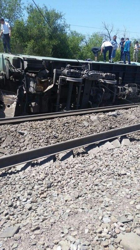 Новости - В ШУ пассажирский поезд сошел с рельсов