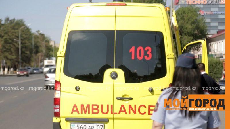 В реанимации находится ребенок, выпавший c пятого этажа в Уральске