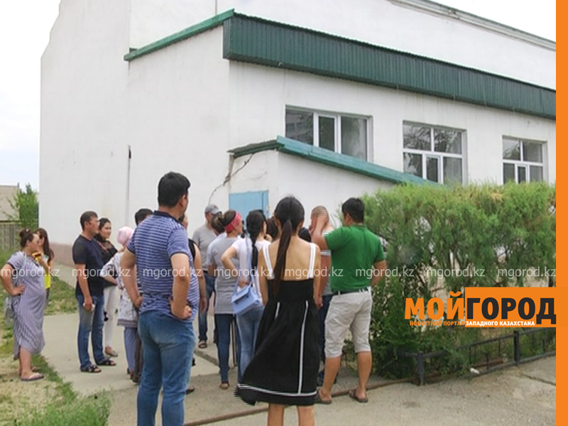 Новости Актобе - Ремонтировавшие здание университета имени Жубанова в Актобе рабочие не могут получить зарплату