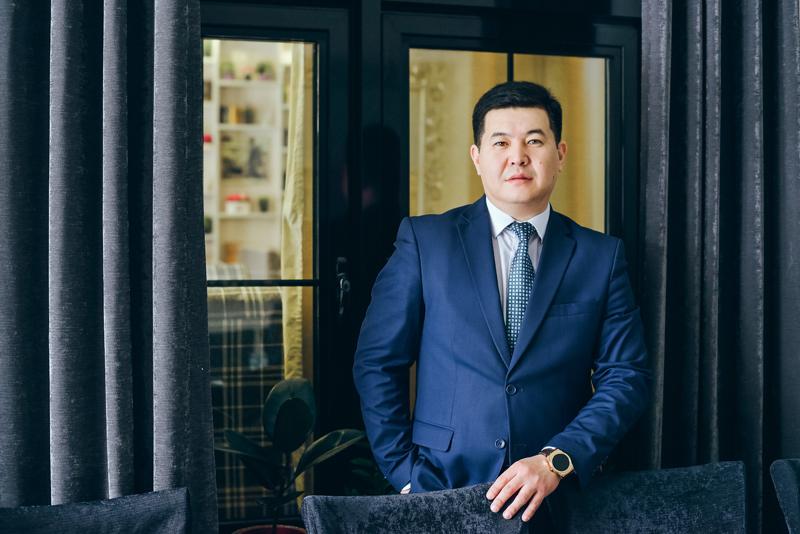 Новости Актобе - Новая бизнес-вершина международного арбитража Западно-Казахстанской области: награда «Лидер года 2017»