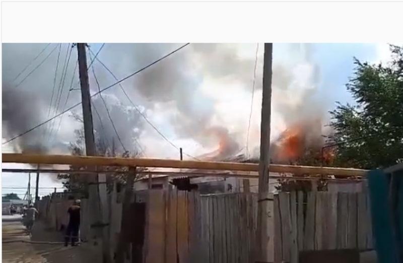Новости Атырау - 6 семей остались без жилья из-за пожара в Атырауской области
