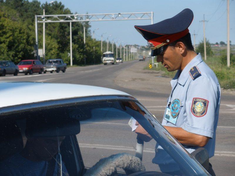 Новости Атырау - В Атырау водитель управлял автомобилем в состоянии наркотического опьянения