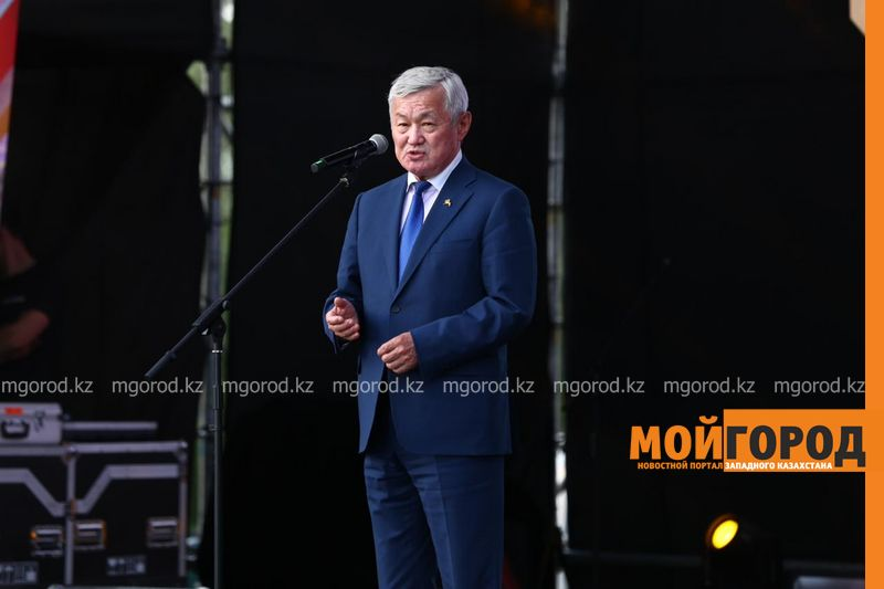 Новости Актобе - В Актюбинской области шахтерам и горнякам вручили ключи от новых квартир и автомобилей