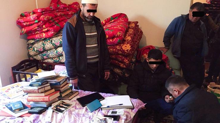Новости Атырау - В Атырау оштрафовали троих продавцов за незаконную торговлю религиозными книгами