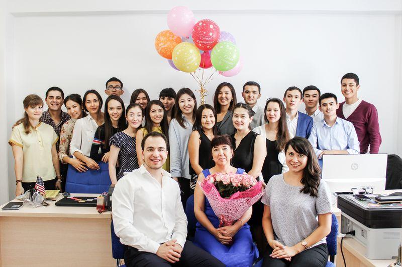Языковая школа Destination: вакансии для активной молодежи