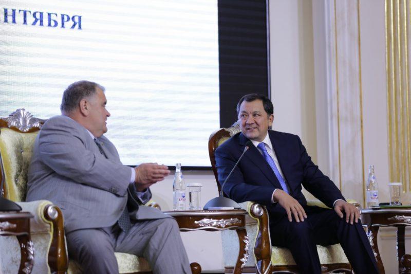 Новости Атырау - Светила медицины из разных стран собрались в Атырау