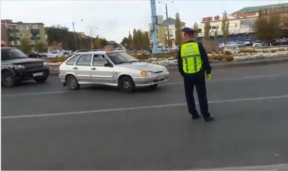 Новости Атырау - Свыше 50 таксистов проверили в Атырау на наличие ИП